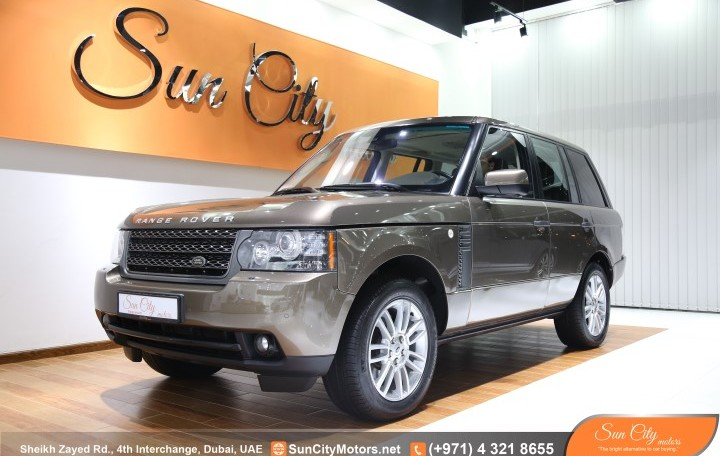 RANGE ROVER VOGUE HSE – FSH AL TAYER AND WARRANTY – AMAZING CONDITION