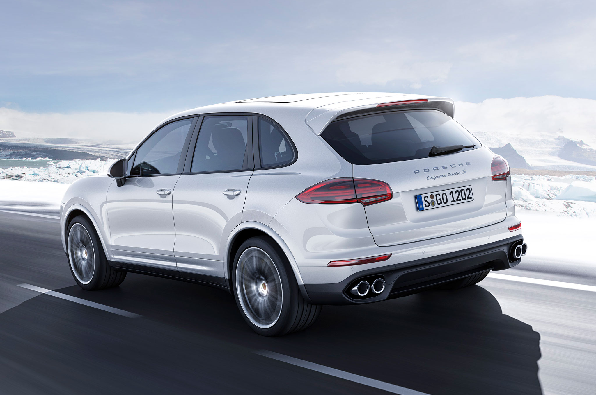 Review 2016 Porsche Cayenne Gives You Power To Move Sun City Motors
