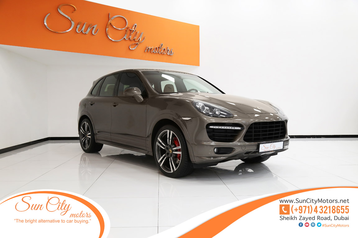 Buy Porsche Cayenne Gts Porsche Dubai Uae Luxury Cars
