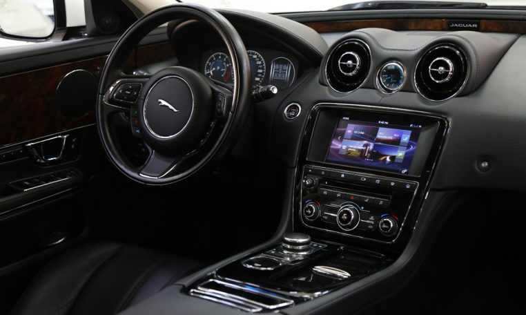 JAGUAR XJL 3.0 LUXURY
