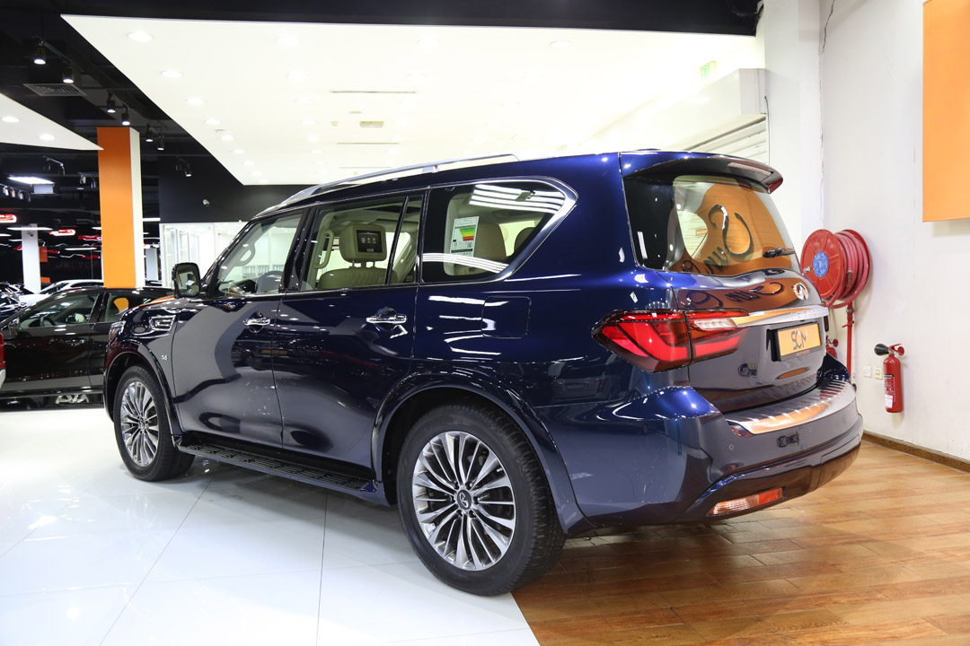 INFINITI QX80 LUXURY