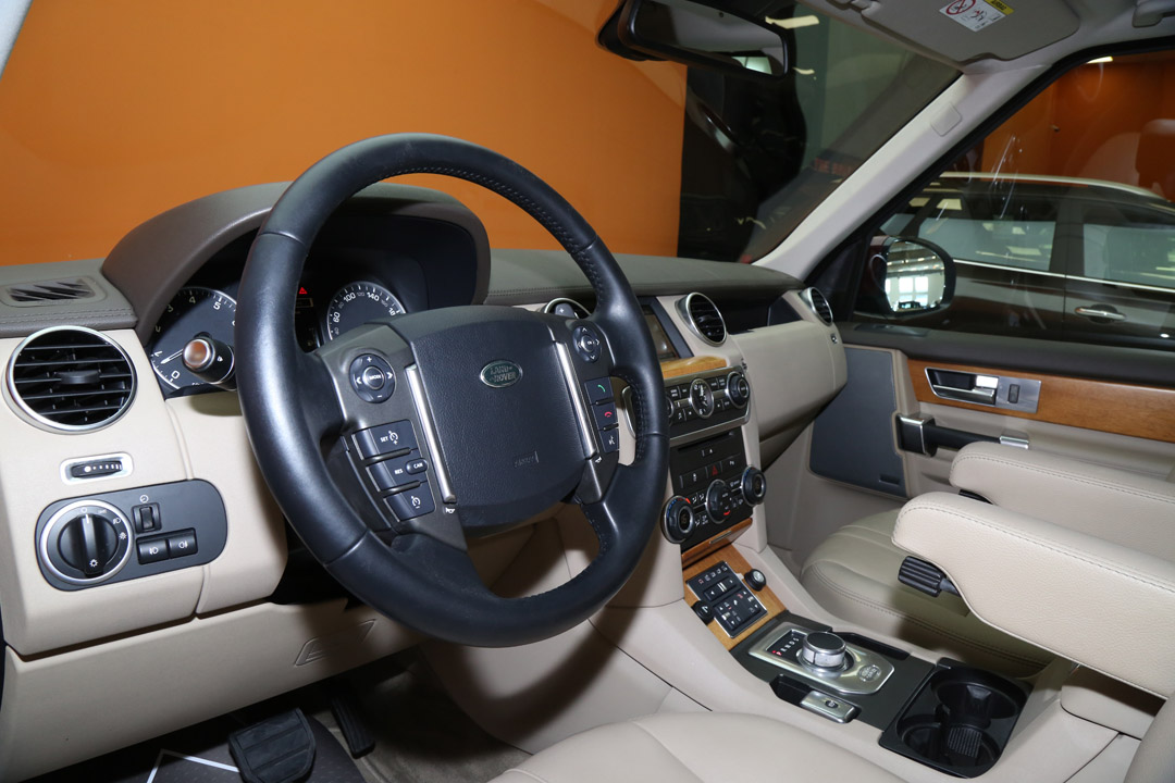 LAND ROVER LR4 HSE SUPERCHARGED