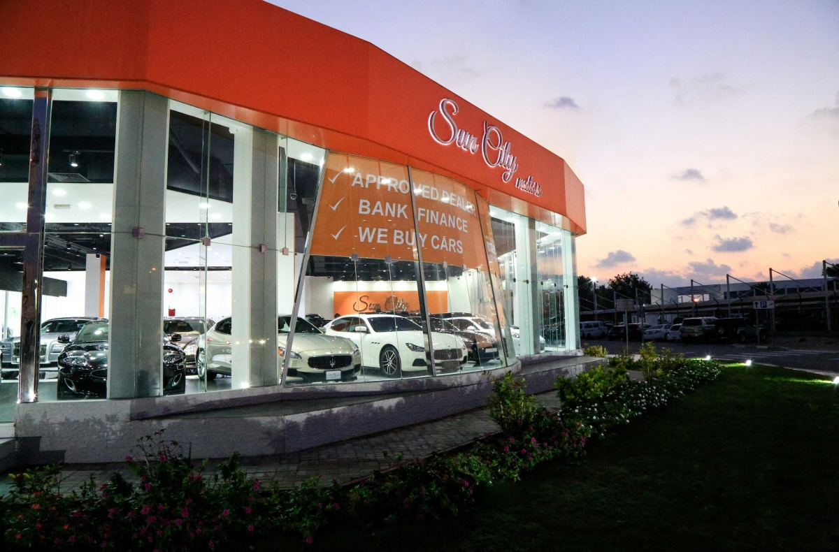 used car showroom Dubai